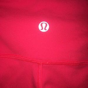 lululemon athletica hot pink wunder unders size 8